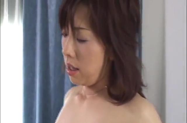 Pervert@ショップ店員胸チラVol.3さんの動画紹介