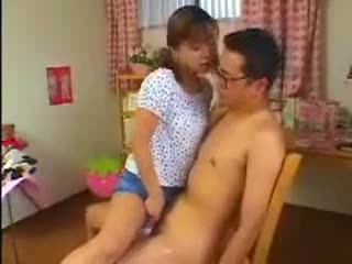 【長瀬愛】エロカワツインテ妹がお兄ちゃんに跨って騎乗位近親相姦セックス
