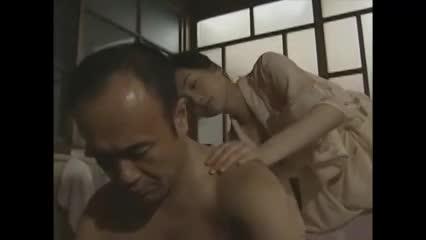 【ヘンリー塚本】昭和の豪邸で旦那様が女中にご奉仕セックスさせる